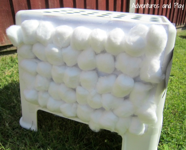 Cotton wool play activity