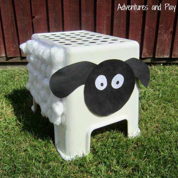 Toddler sheep play activity