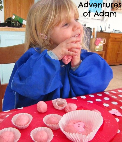 Adventures of Adam Super soft playdough
