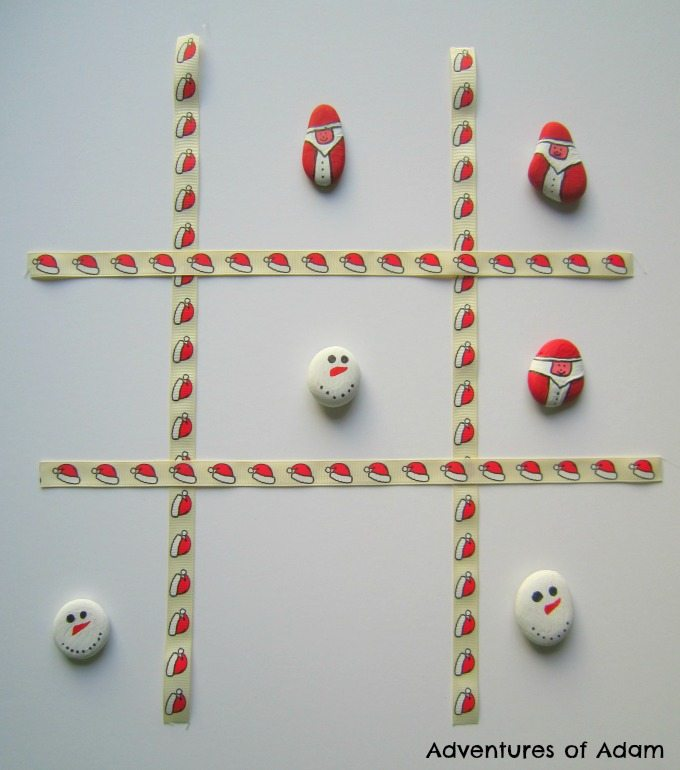 DIY Christmas Tic Tac Toe game