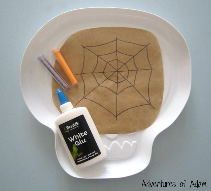 How to make Halloween spider webs