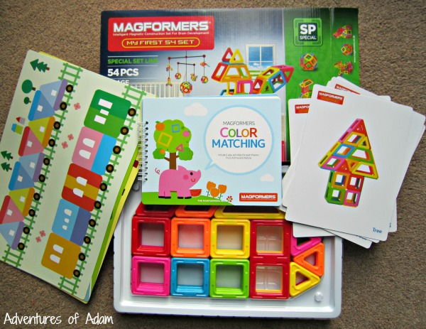 Contents of Magformers My First 54 Set