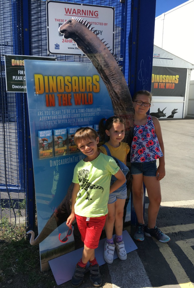 Dinosaurs In The Wild entrance
