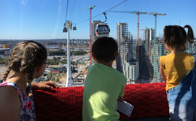 Emirates Cable Car to visit Dinosaurs In The Wild